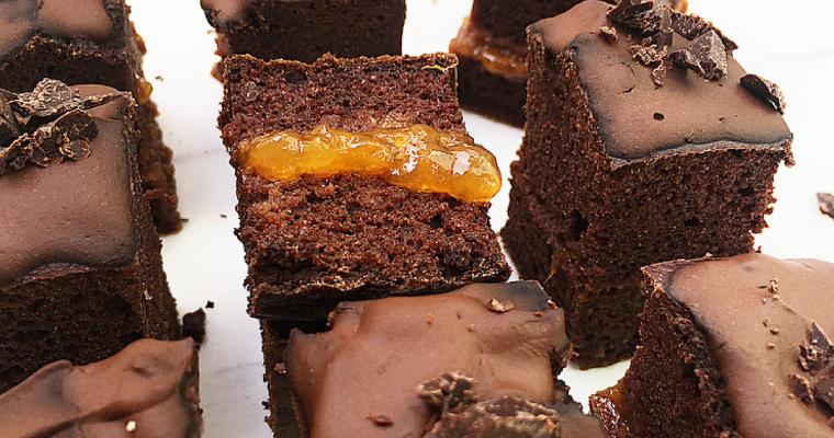 Mini Sacher torte light senza zucchero.. perché sano è buono.
