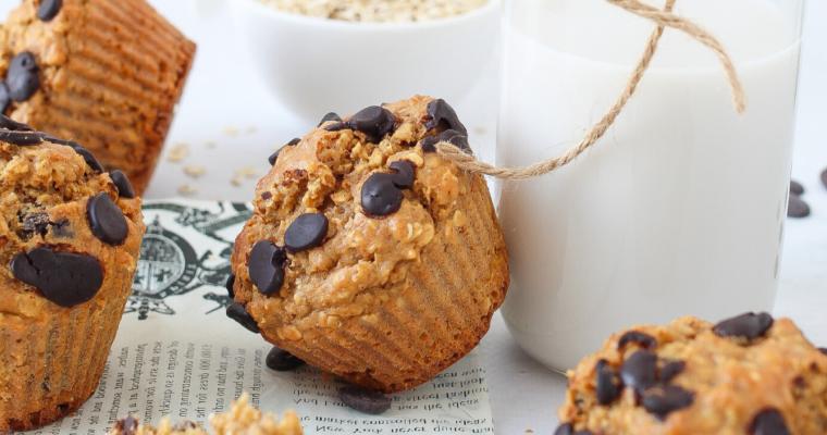 Muffin con fiocchi d'avena e gocce di cioccolato